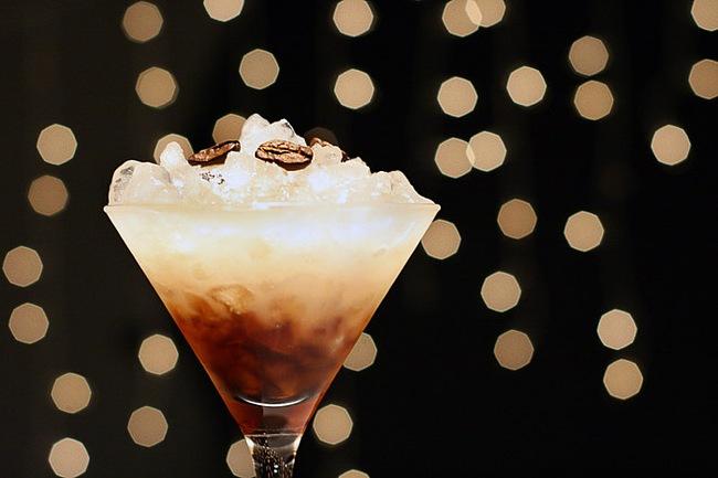 Мир напитков. Сладкие алкогольные напитки.