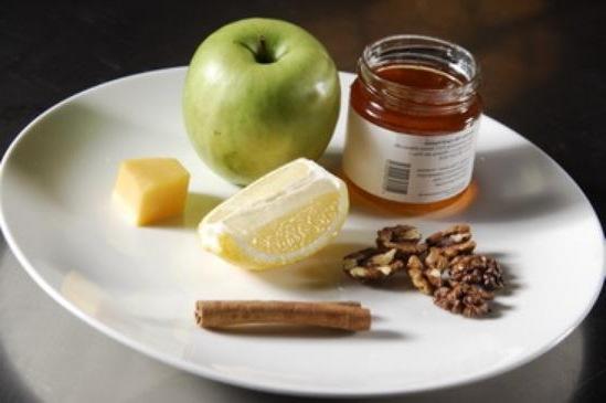 Домашняя выпечка. Вкусный пирог с яблоками.