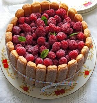 Домашняя выпечка. Торт с малиной.