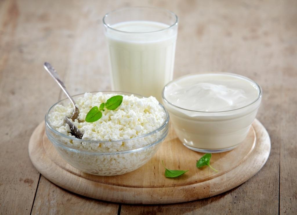 Кисломолочные продукты обладают отбеливающим эффектом
